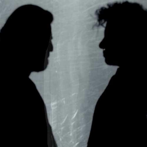 Özcan Akın & Hüzün Yeni Yalan Dünya Şarkısını İndir