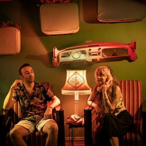 Melis Karaduman & Veys Colak Yeni Tek Başıma Şarkısını İndir