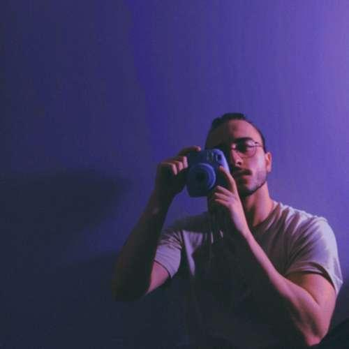 Umit Erdal Yeni Aklım Dolu Sonuna Kadar Şarkısını İndir