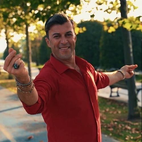 Ahmet Şöhret Yeni Oynak Kız Şarkısını İndir